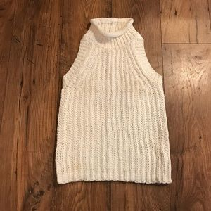 Sleeveless sweater in Ivory